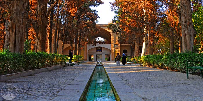 Fin Historical Edifice and Garden,iran tourism