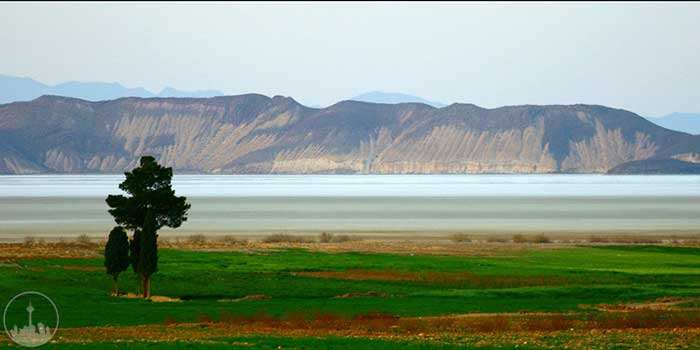 Tashak and Bakhtegan Lake,iran tourism